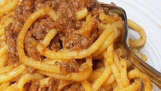 preview della video ricetta: Bigoli con sugo di salsiccia