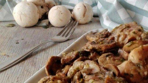 preview della video ricetta: Coniglio con funghi